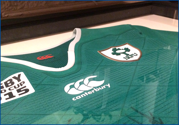 Presented to the Taphouse Bar & Kitchen by the Irish Rugby World Cup Squad 2015 .